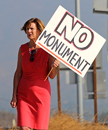 Glendora mayor Judy Nelson was among the citizen protesting President Obama  signing a proclamation designating 346,000 acres of the Angeles National Forest as the San Gabriel Mountains National Monument. (Evan Solano/Clarion)