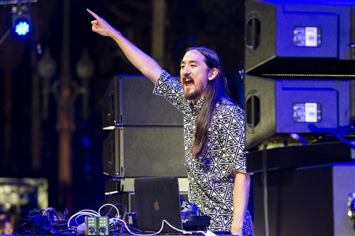 DJ Steve Aoki will headline Sunday night of Air+Style in Pasadena.  (AP Images)