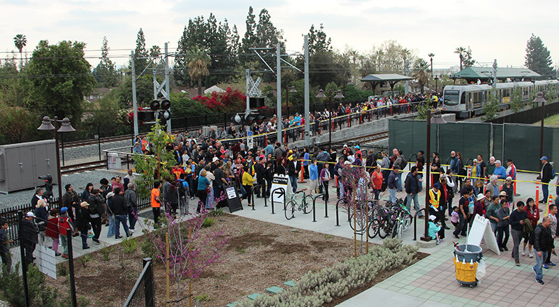 The line to ride the Gold Line at the Azusa Pacific University/ Citrus College stop snaked away from the station and looped around and through the parking structure. Riders experienced up to 40 minutes in wait time to board or re-board the Gold Line. Photo: Megan Bender (Clarion)