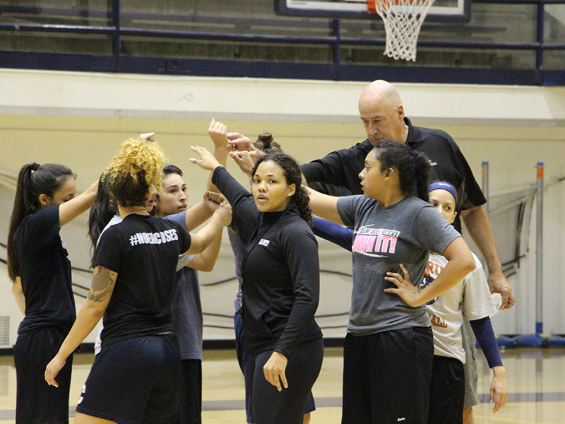 Citrus College head coach Linnae Barber Matthews, center. huddles up with her team after practice Monday, May 16, at the Owl's Nest. The Citrus women will open up their 2016-2017 season Nov. 4 at the Mt. San Antonio College tournament.